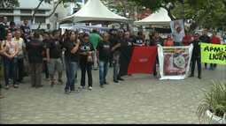 Policiais militares e professores da UEPB protestam por direitos e melhores condições