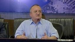 Advogado protocola pedido de impeachment contra Pedro Taques