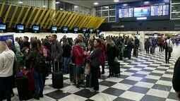 Nevoeiro causa transtornos em aeroportos de SP e do RJ