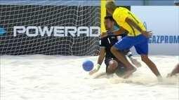 Atletas brasileiros de futebol de areia se espalham pelo mundo