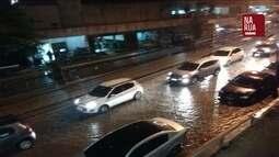 Imagens mostram rua da Zona Sul do Rio alagada por causa da chuva