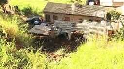 Deslizamento de barranco deixa um morto em Belo Horizonte