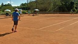 Etapa do Circuito nacional de Tênis reúne torcedores e jovens atletas em Mogi