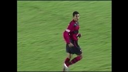 ARQUIVO - Diego Oliveira, de 17 anos, faz sua estreia pelo Flamengo