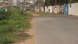 Instabilidade em solo altera tráfego de ônibus em avenida de Juiz de Fora