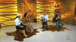 'Galpão Crioulo' recebe Vitor Ramil acompanhado do filho Ian Ramil