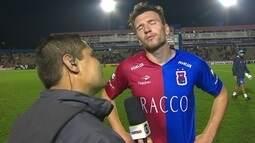 Eduardo Brock lamenta cabeçada defendida por Edson, mas parabeniza o time do Paraná