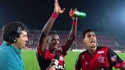 Vinícius Jr. fala sobre racismo e celebra com Paquetá boas atuações na vitória do Flamengo