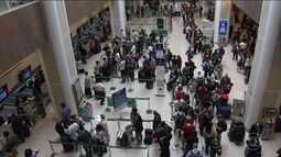 Mau tempo prejudica o funcionamento do aeroporto Santos Dumont, no RJ