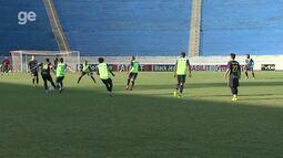 Por dentro do treino: Londrina muda o time titular e quer reação contra o Santa Cruz