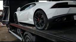Polícia Civil apreende carro de quase R$ 2 milhões