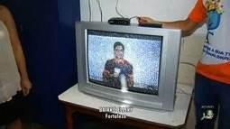 Almir Gadelha vai ao Bairro Ellery mostrar como ter sinal digital na TV