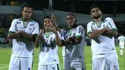 O gol de Santa Cruz 0 x 1 América-MG pela 28ª rodada da série B do Brasileiro