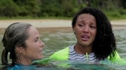 """""""Mulheres Espetaculares"""": Grávida, Sheron Menezes encara desafio de natação"""