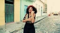 Confira um trecho do clipe 'Preta Brasileira', de Juliana Ribeiro