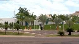 Ladrões fazem 'arrastão' de furtos em condomínio de luxo em Presidente Prudente