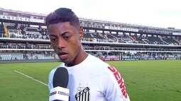 Bruno Henrique espera que em 2018 o Santos não tenha problema extracampo