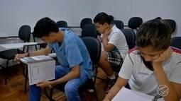 Estudantes que ficaram de recuperação correm contra o tempo em Campo Grande