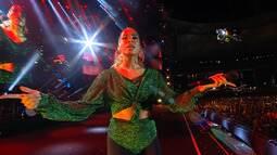 Festival de Verão: Anitta canta 'Deixa ele sofrer'