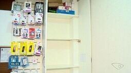 Loja de celulares tem quase toda a mercadoria furtada em Linhares, ES