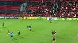 Apesar de jogo equilibrado, Flamengo vence o Cabofriense