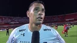 """Diego Souza após o gol da classificação: """"Tive a felicidade de entrar e ajudar"""""""