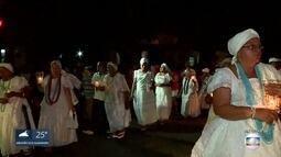 Procissão no bairro do Arruda, no Recife, homenageia São Jorge e o orixá Ogum