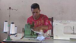 'É amor e renda extra', diz costureiro que chega a faturar R$ 15 mil na quadra junina