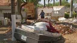 Caminhão bitrem invade hotel fazenda e provoca estragos em Ariranha