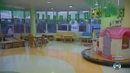 Pediatria do Hospital Amaral Carvalho está toda enfeitada para o jogo do Brasil