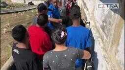 Enterro de adolescente morto na Vila Vintém no Cemitério de Irajá