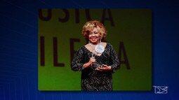 Alcione é a melhor cantora no Prêmio da Música Brasileira