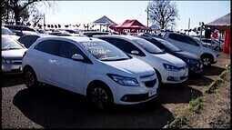 Empresas de Araxá realizam feirão de veículos para atrair clientes