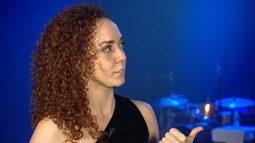 Atriz e cantora Laila Garin fala sobre carreira e do seu novo DVD, 'Laila Garin e a Roda'