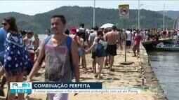 Turistas aproveitam o fim de semana prolongado com sol em Paraty