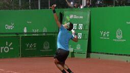 Chuva interrompe jogo de Feijão no future de tênis de Mogi