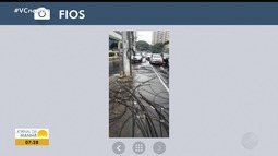 Ventos fortes derrubam fiação na Avenida Paulo VI, em Salvador