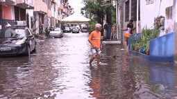 Previsão do tempo: chuva causa problemas em vários bairros da capital baiana