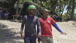Pablo Vasconcelos faz um tour de quadriciclo pela Península de Maraú