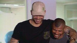 Goleiro do Santos ajuda pugilista baiano a voltar ao boxe