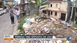 Moradores reclamam de terreno que virou depósito de lixo no Alto de Coutos