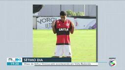 Tragédia no Flamengo: missa de 7º dia reúne familiares de jogador em Volta Redonda