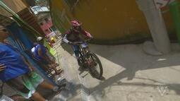 Morro do Pacheco recebe 17ª Descida das Escadas de Santos
