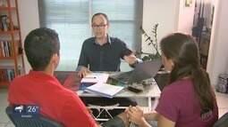 Casal consegue novos passos na vida financeira com ajuda de um especialista