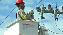 Moradores da Vila da Prata, em Mogi, ficam por quase 30 horas sem energia