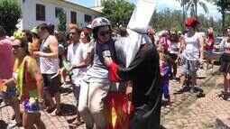Rovany Araújo caiu na folia e mostrou os 10 mandamentos do Carnaval
