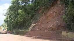 Rodovia Anchieta (SP) está interditada no trecho de serra