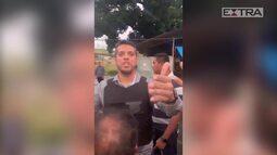 Deputado Rodrigo Amorim vai à Aldeia Maracanã e é hostilizado pelos índios