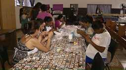 Televisando: Projeto ensina futuras mamães a confeccionar o enxoval do bebê
