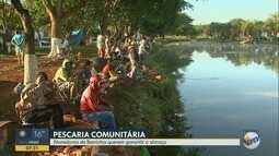 Na Sexta-feira Santa, moradores participam de pesca comunitária na lagoa de Barrinha, SP